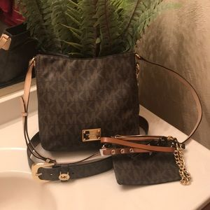 Michael kors crossbody with belts
